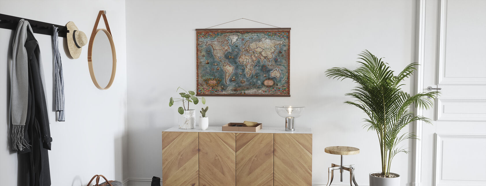 Old Style World Map - Poster - Hallway