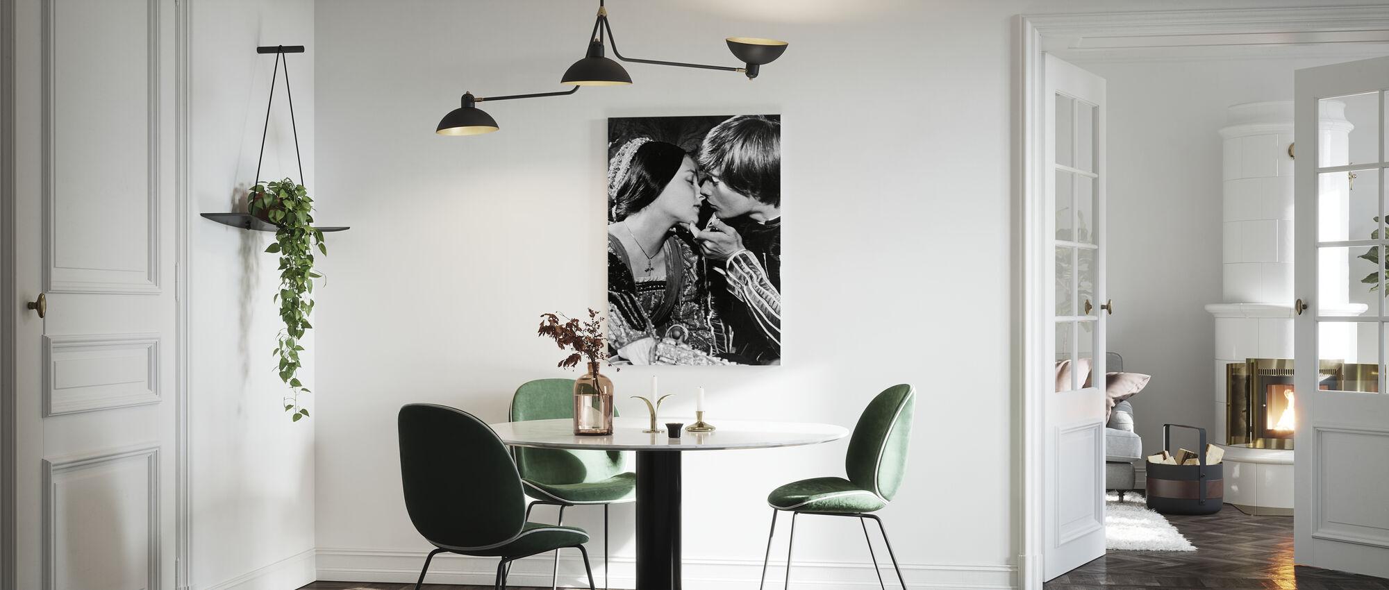 Olivia Hussey en Leonard wijting in Romeo en Julia - Canvas print - Keuken