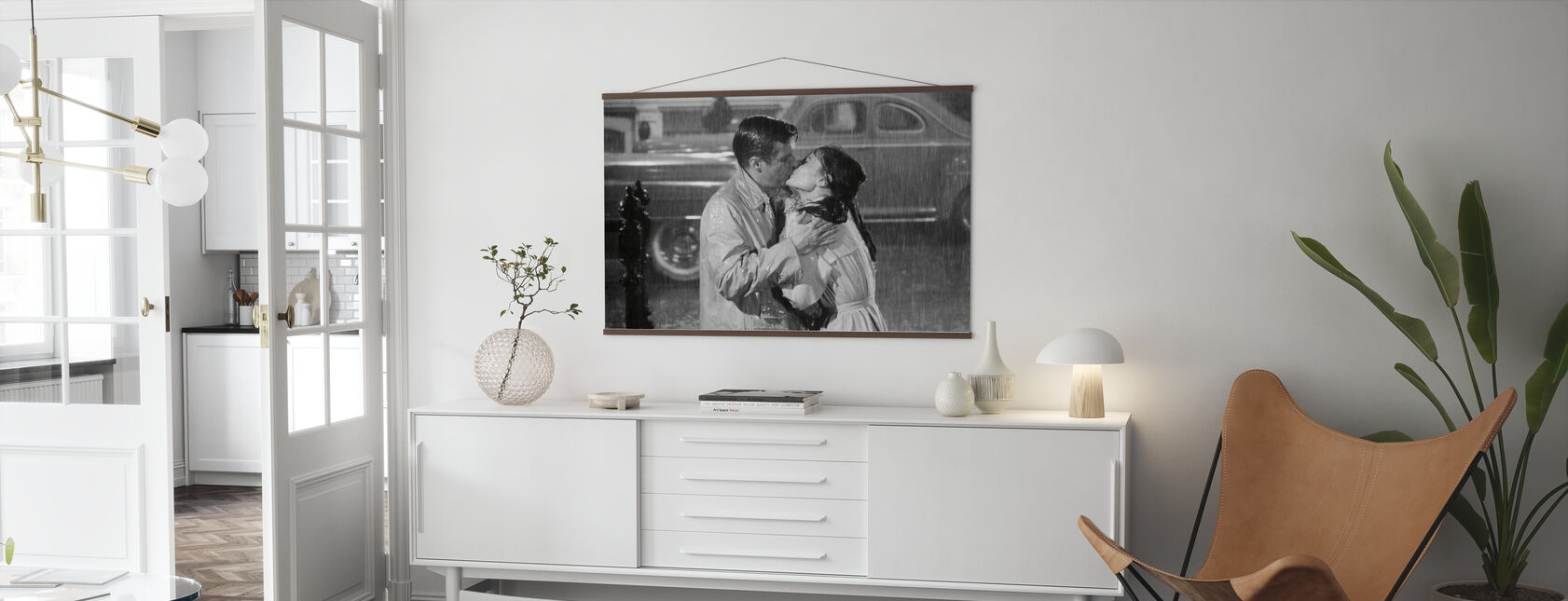 Audrey Hepburn and George Peppard in Breakfast at Tiffanys - Poster - Living Room