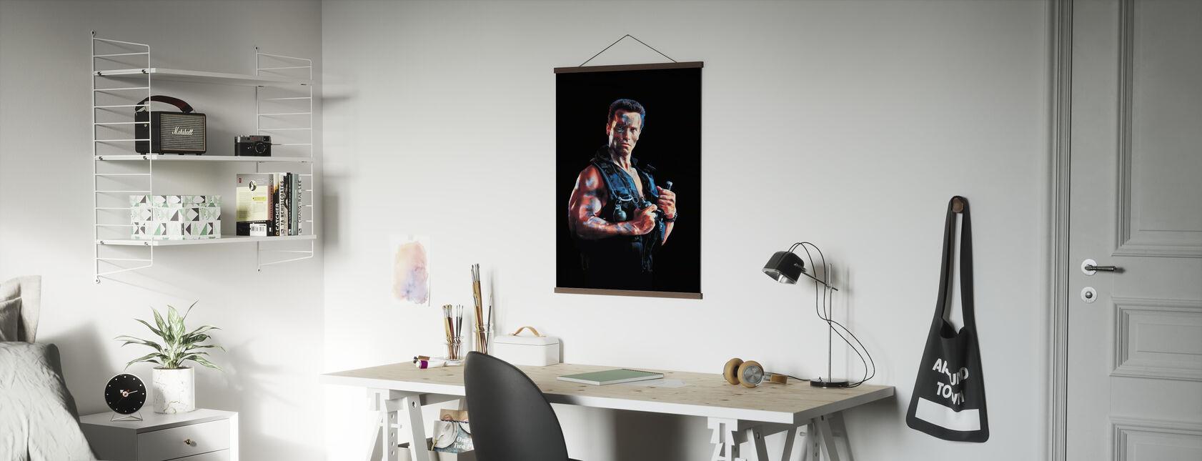 Arnold Schwarzenegger i Commando - Poster - Kontor