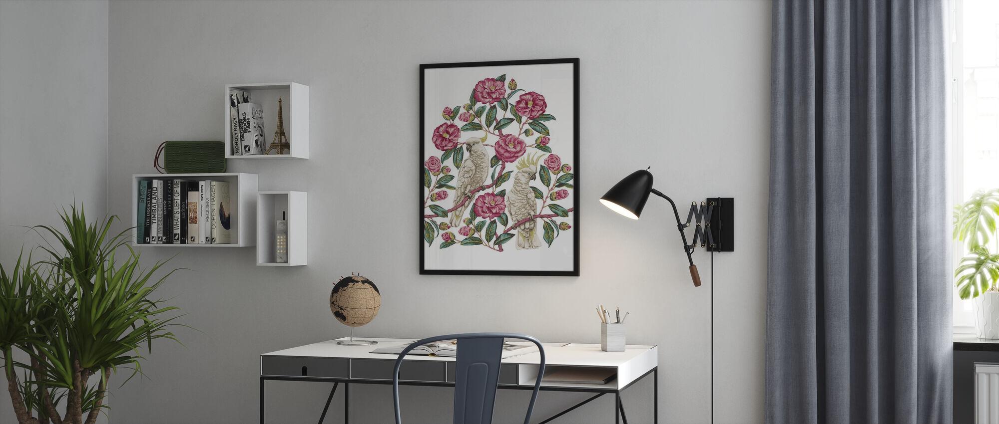 Kakadu Paradise - Geranium ja smaragdi - Kehystetty kuva - Toimisto