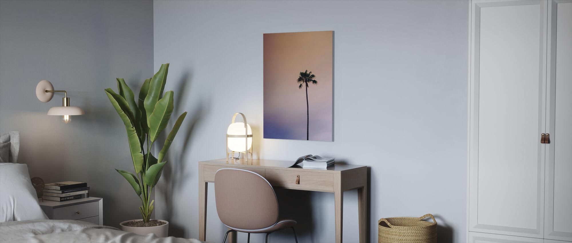 Enlig palmetræ - Billede på lærred - Kontor
