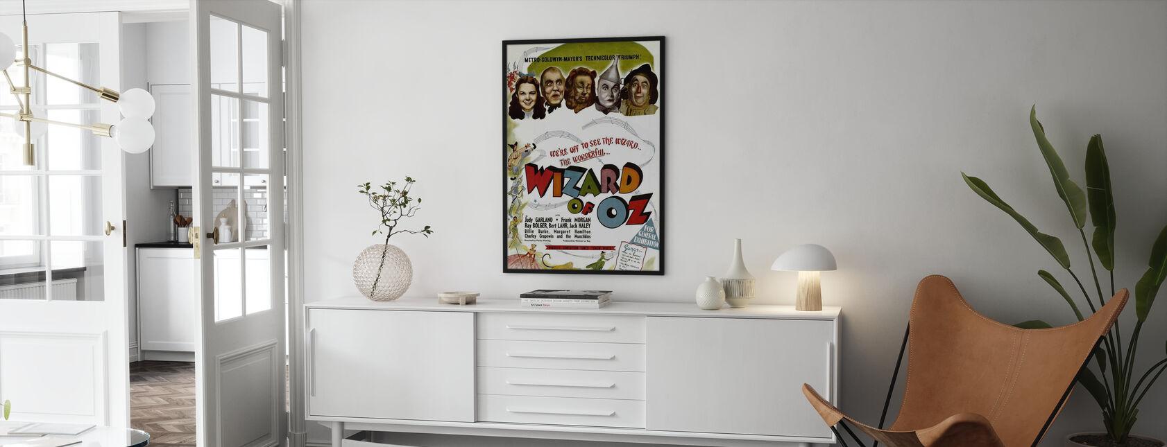 Ihmemaa Oz - Kehystetty kuva - Olohuone