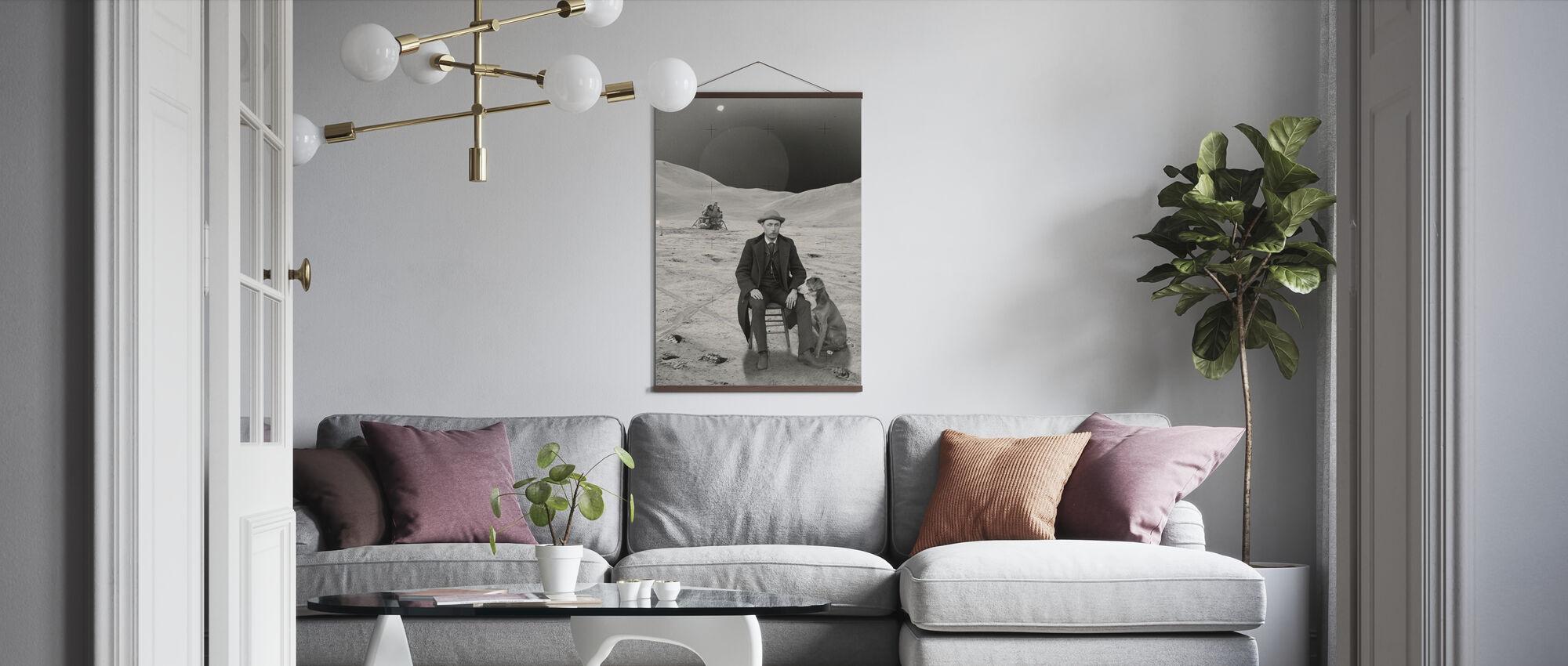 Moon Man - Poster - Living Room