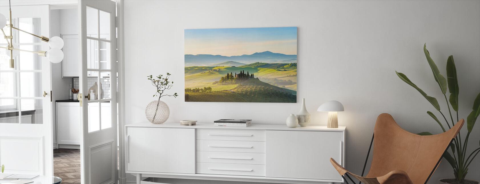 Toscane in de lente ochtend - Canvas print - Woonkamer