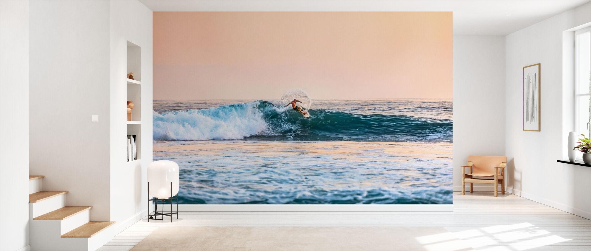 Surfing - Wallpaper - Hallway