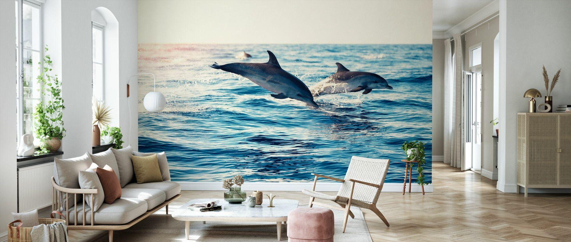 Delfiner Hoppar från havet - Tapet - Vardagsrum