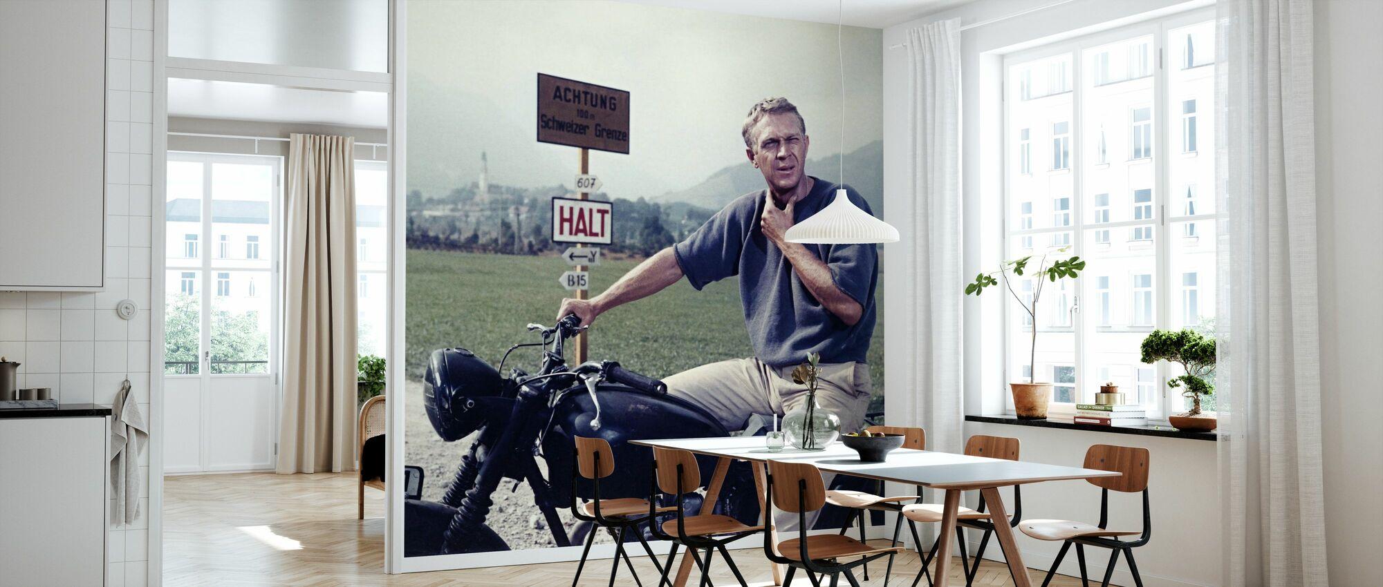 Grande fuga -Steve McQueen - Carta da parati - Cucina