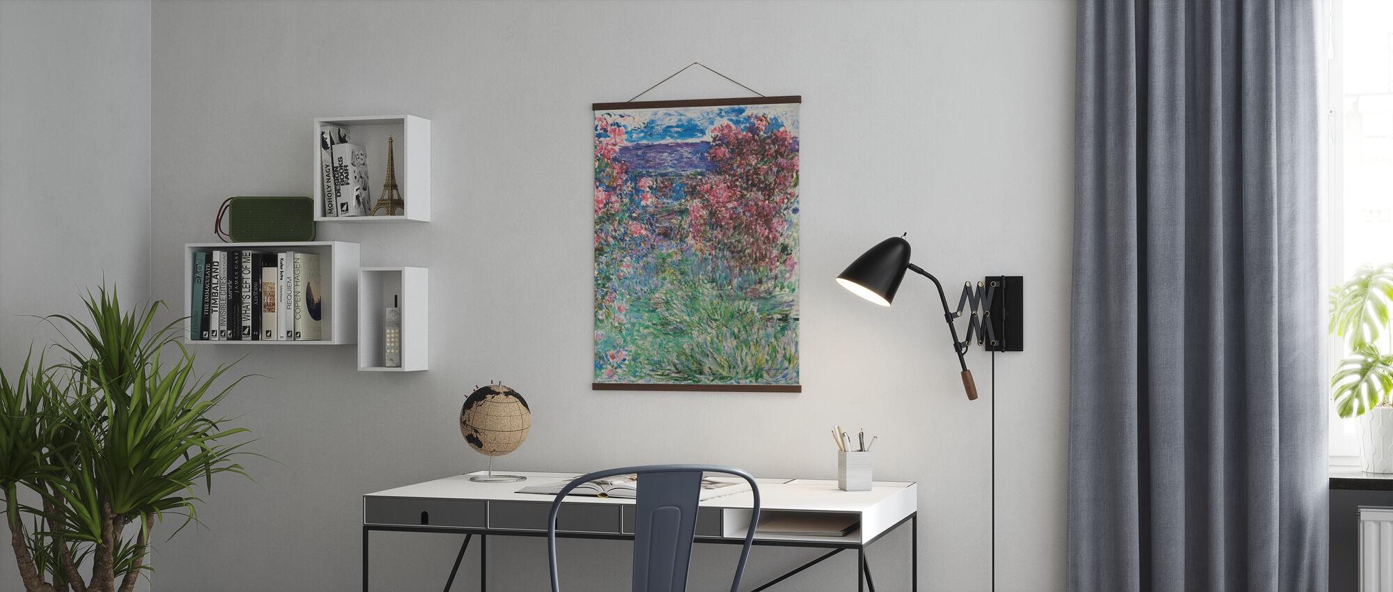 Hus Blant Roser - Claude Monet - Plakat - Kontor
