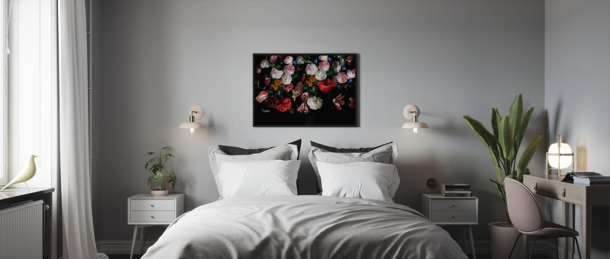 Kleurrijke bloemen op zwarte achtergrond - Ingelijste print - Slaapkamer