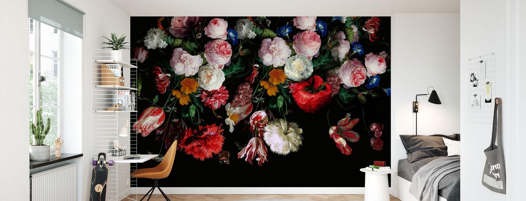 Kleurrijke bloemen op zwarte achtergrond - Behang - Kinderkamer