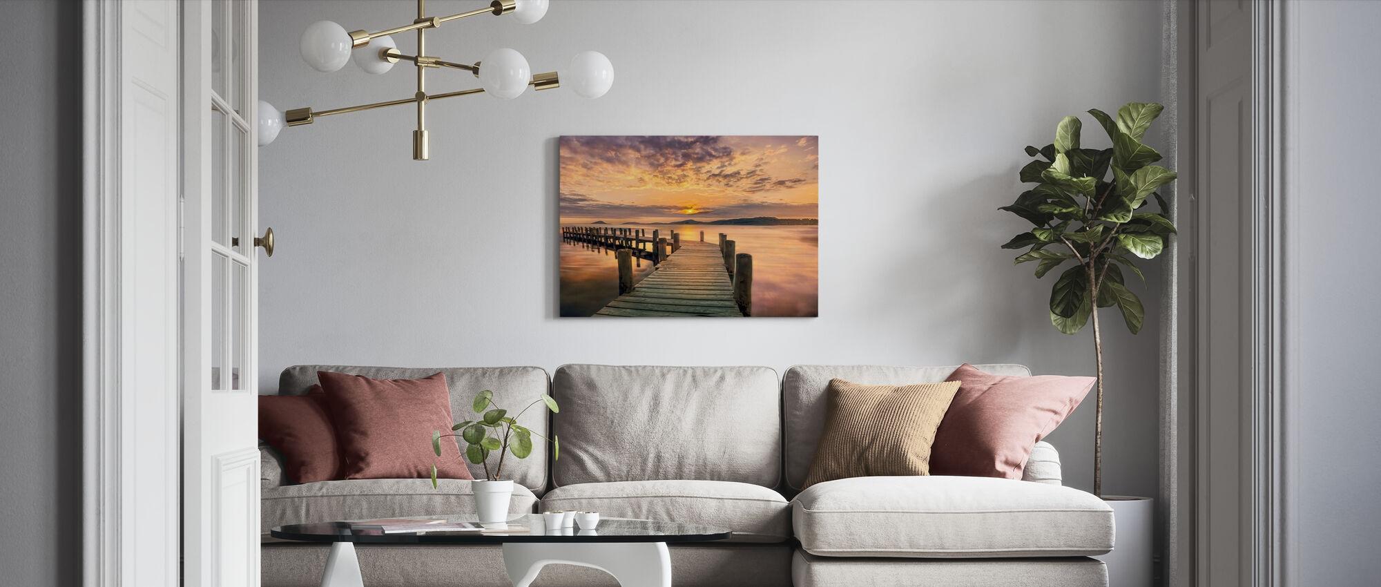 Pier i solnedgang - Lerretsbilde - Stue