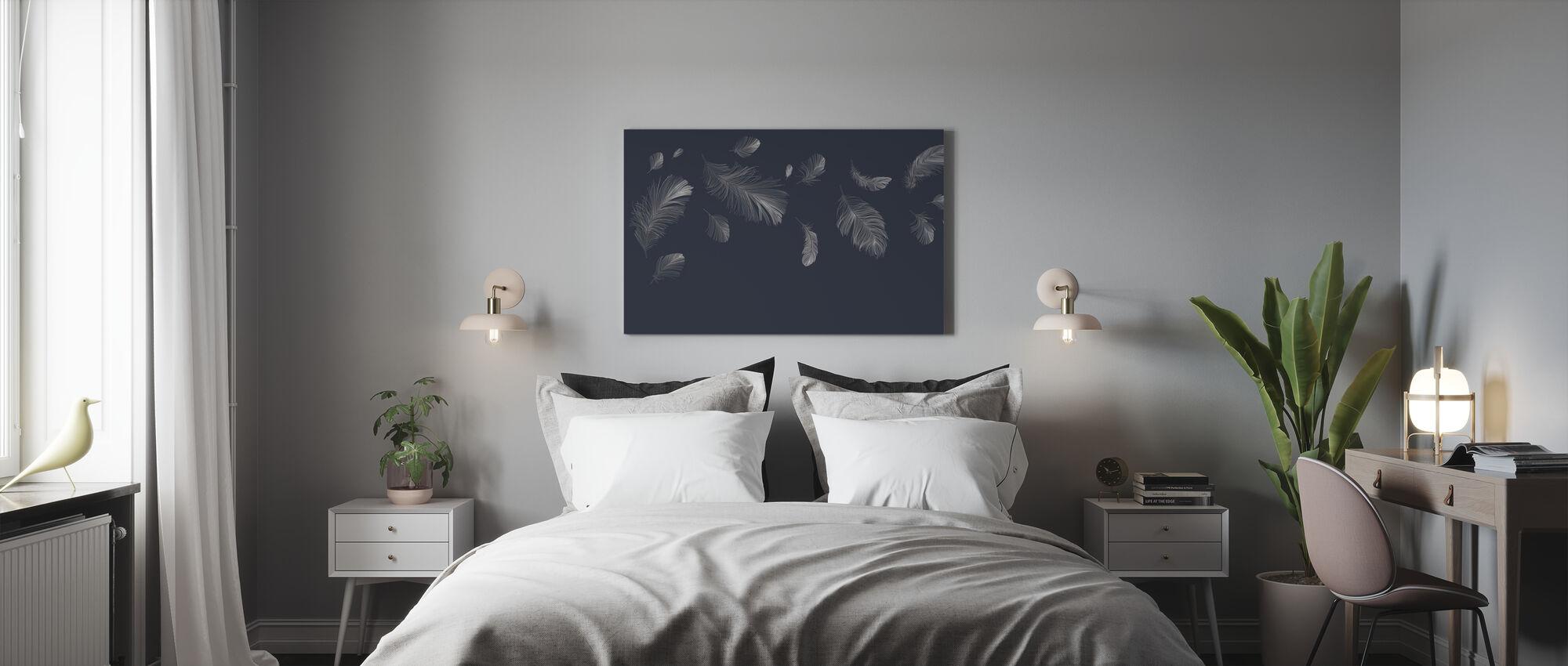 Flyvende fjer - Mørkeblå - Billede på lærred - Soveværelse