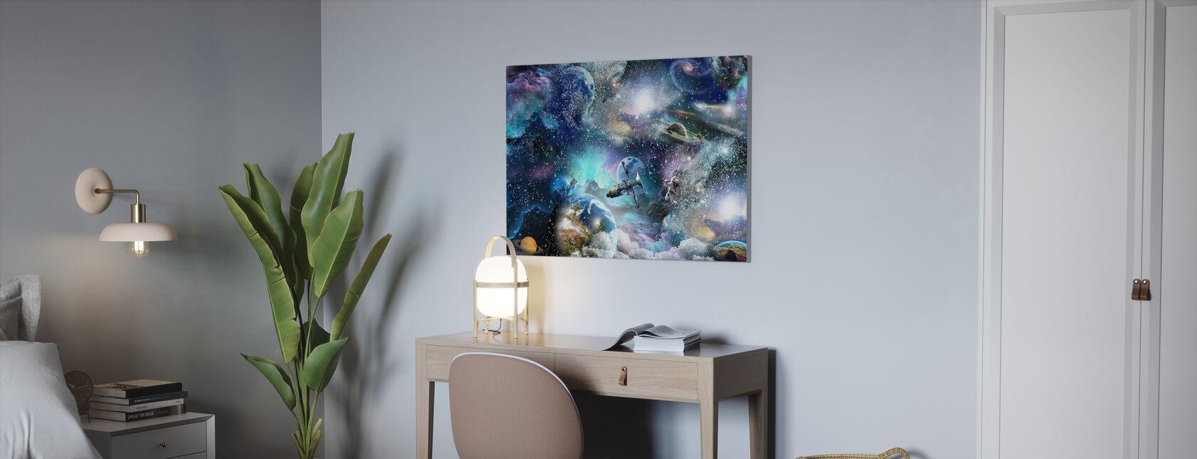 Space Essee - Canvastaulu - Toimisto