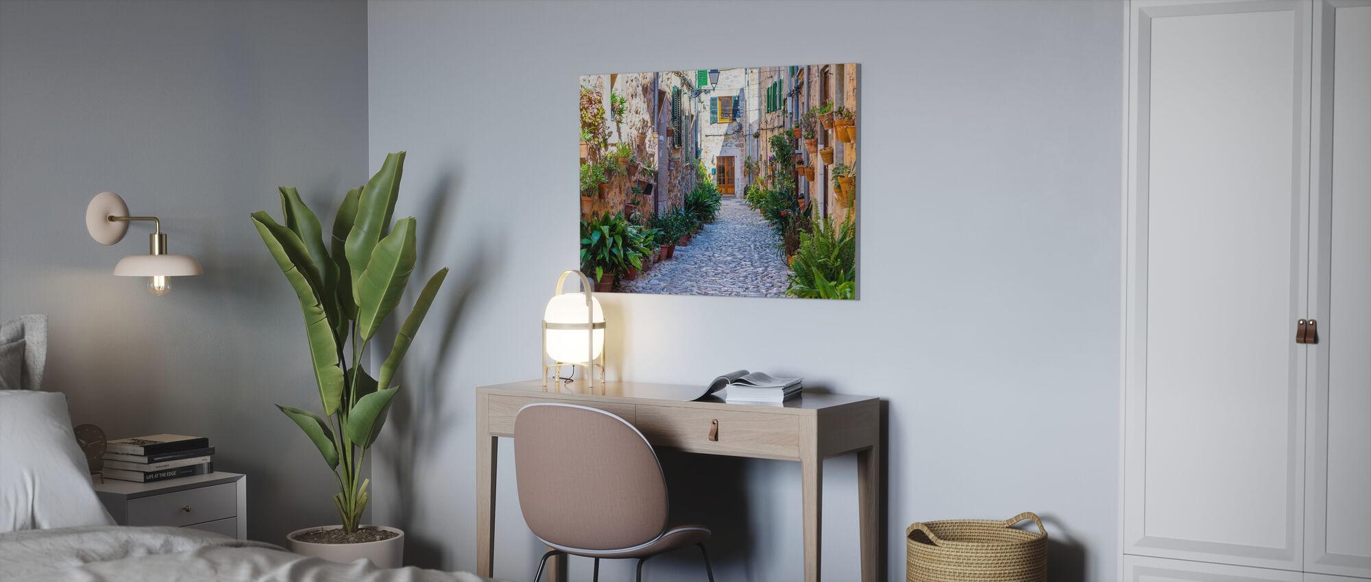 Plant Street - Canvas print - Office