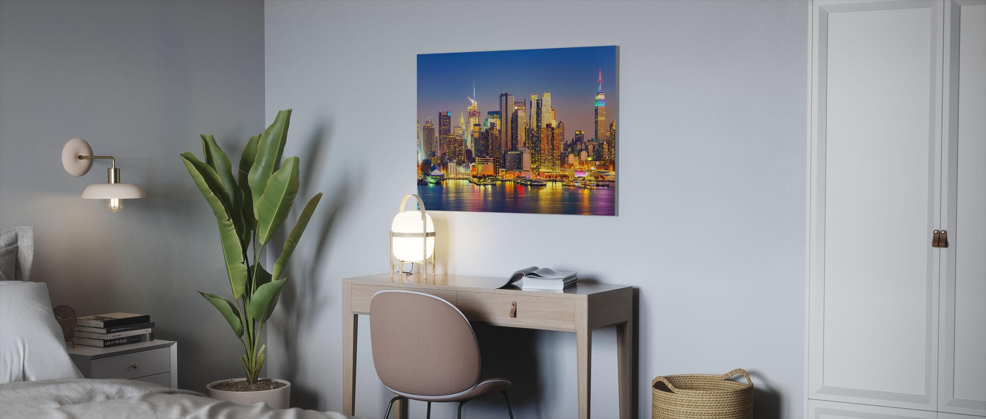 Manhattan Sunset - Canvastaulu - Toimisto