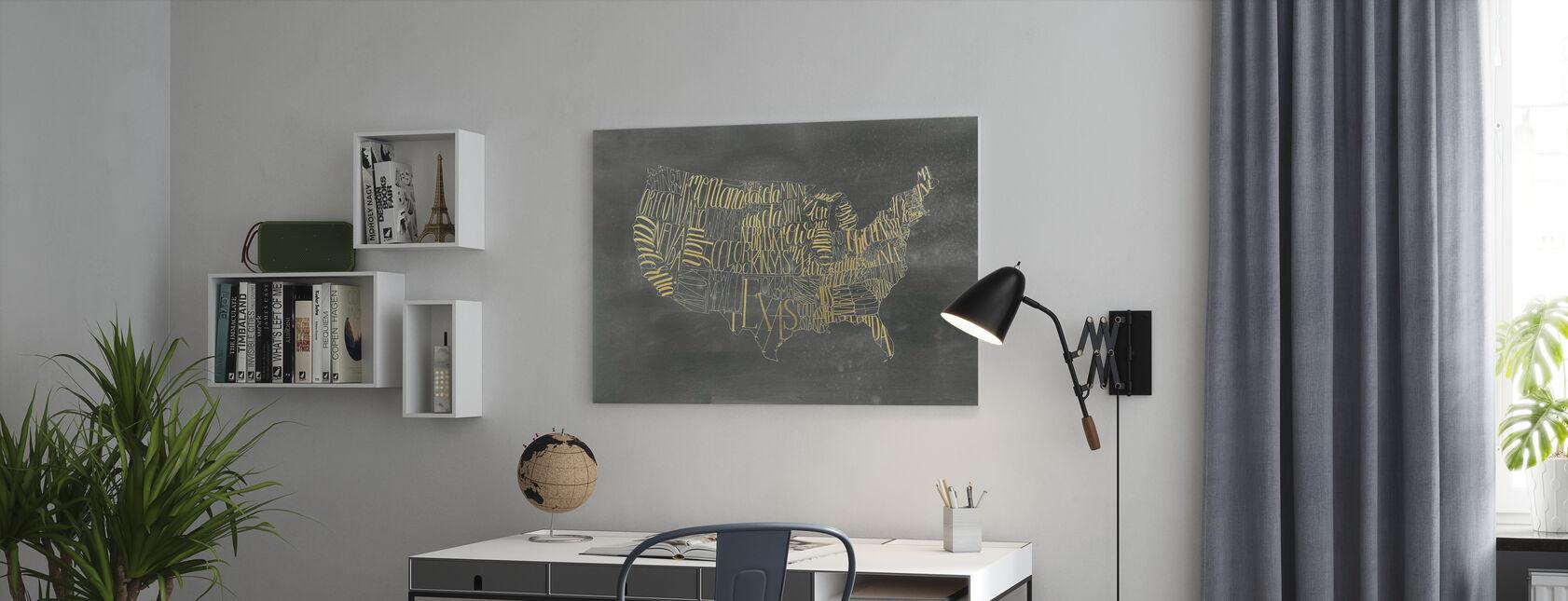 USA Map on Black Wash - Canvastaulu - Toimisto