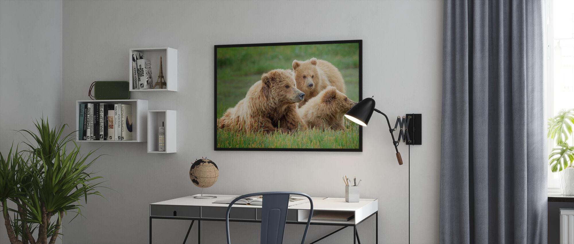 Bear Life II - Poster - Office