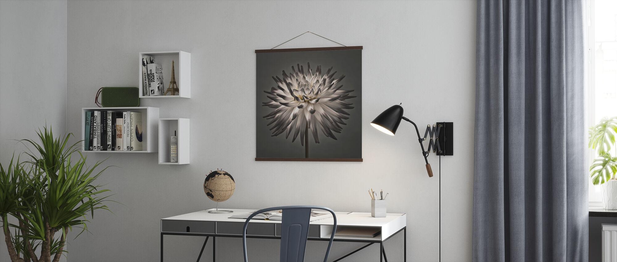 Dahlia Flower - Poster - Office