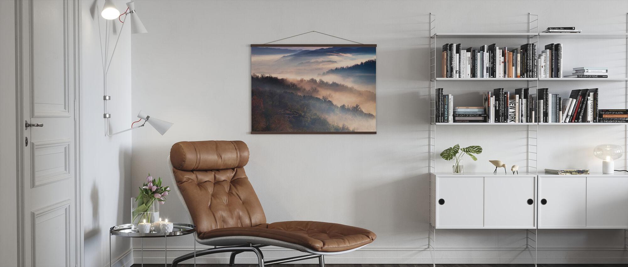 Mistige bergen - Poster - Woonkamer