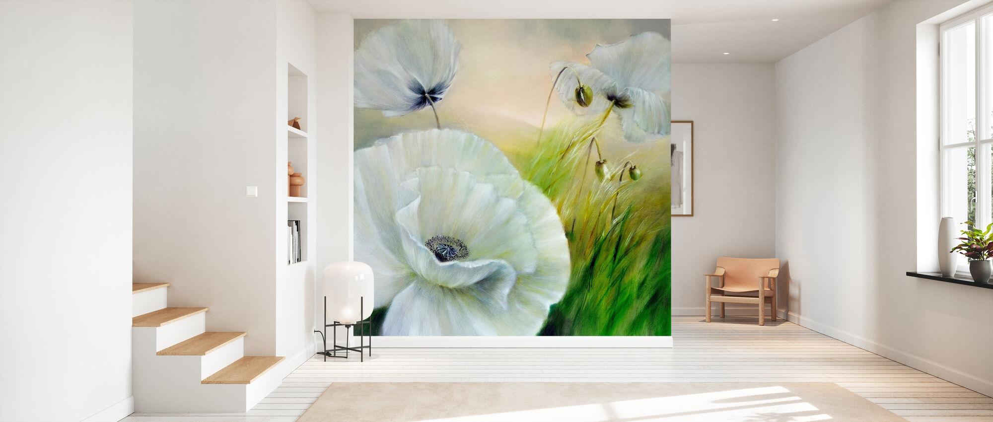 White Poppy II - Wallpaper - Hallway