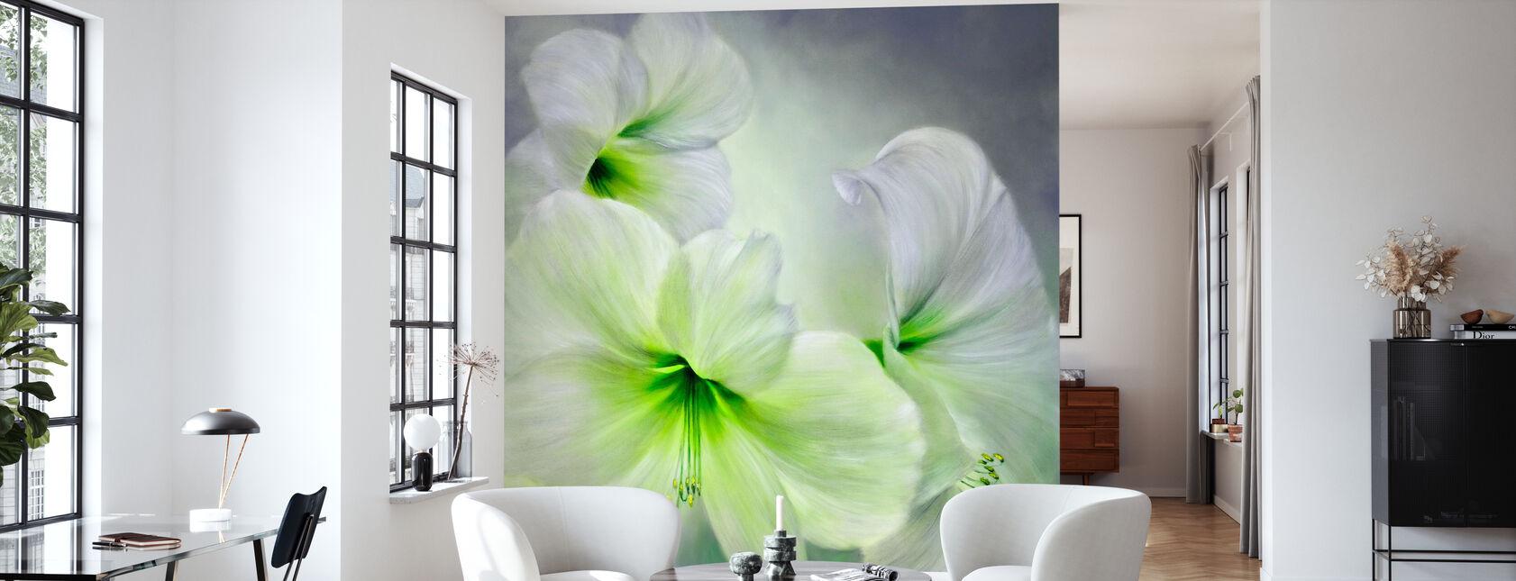 White Amaryllis - Wallpaper - Living Room