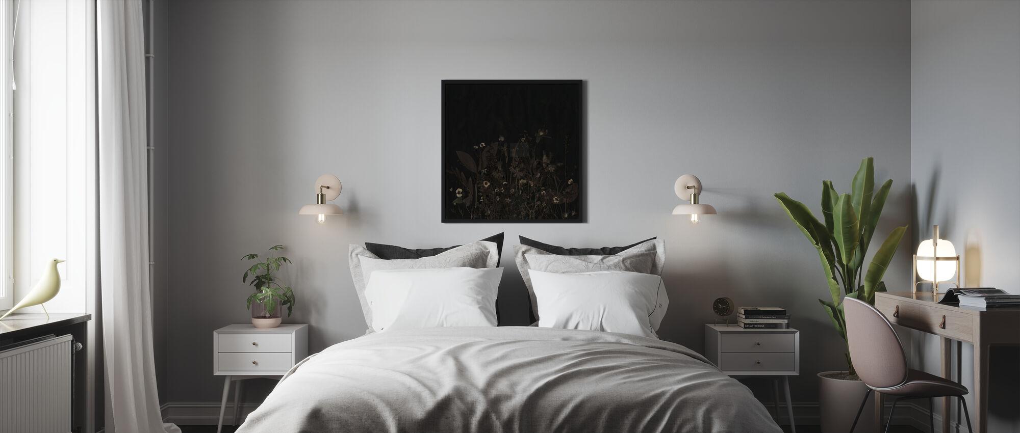 Yöllinen - Kehystetty kuva - Makuuhuone
