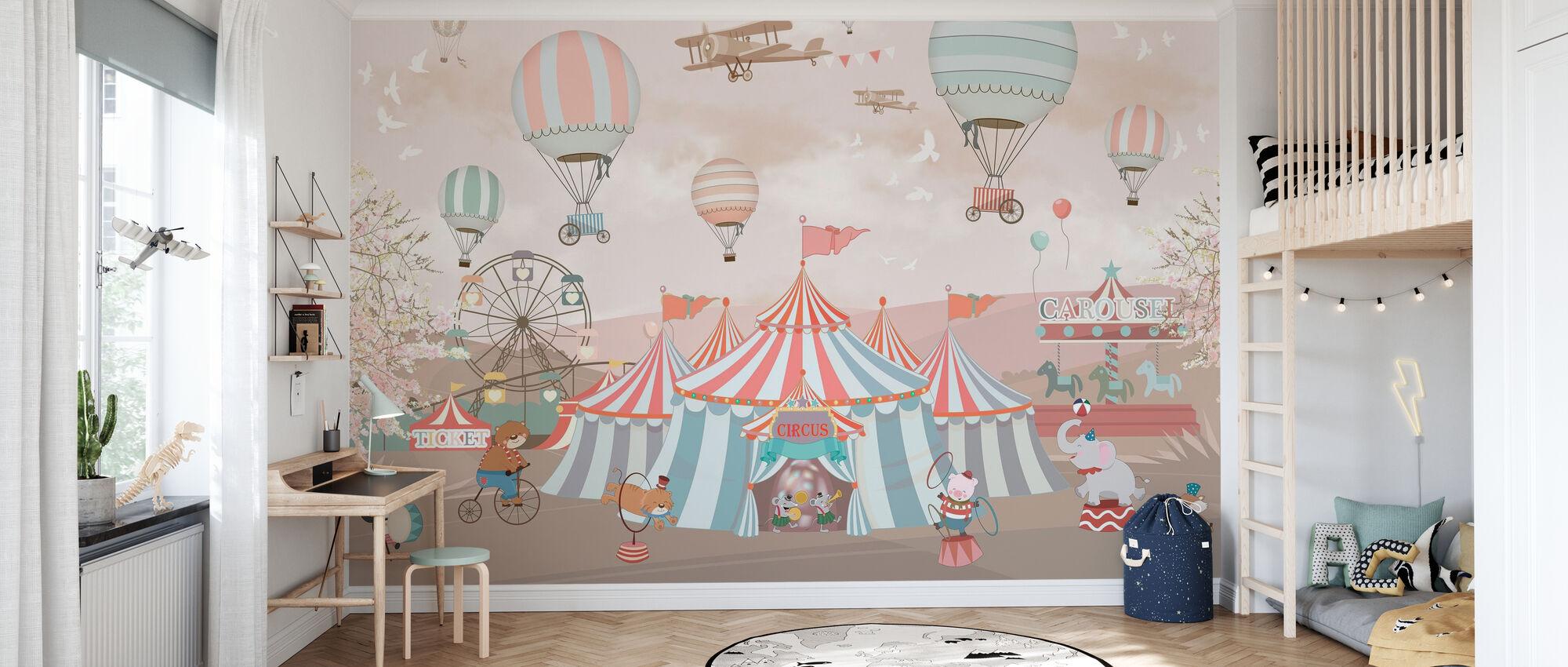 Circus Animals - Wallpaper - Kids Room