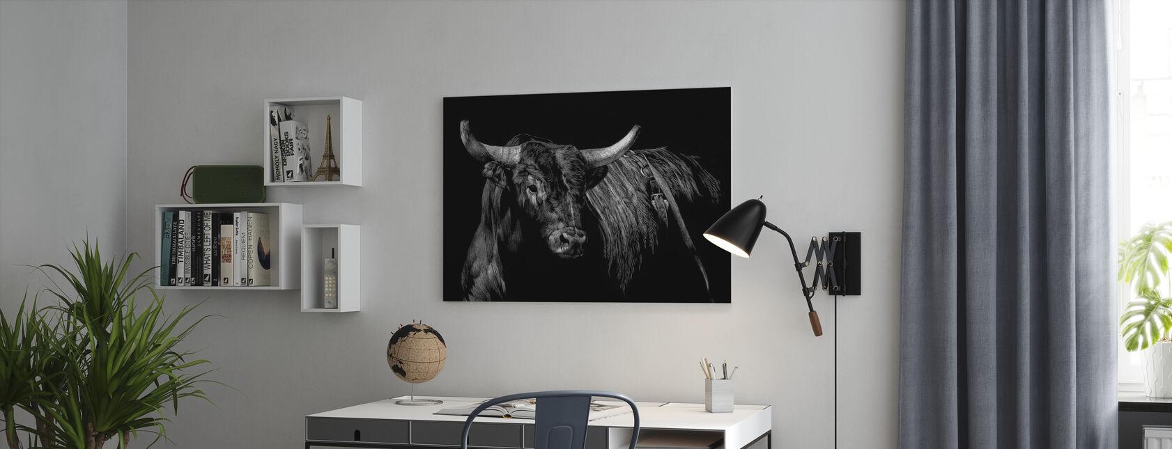 Brindle Rodeo Bull - Canvastaulu - Toimisto
