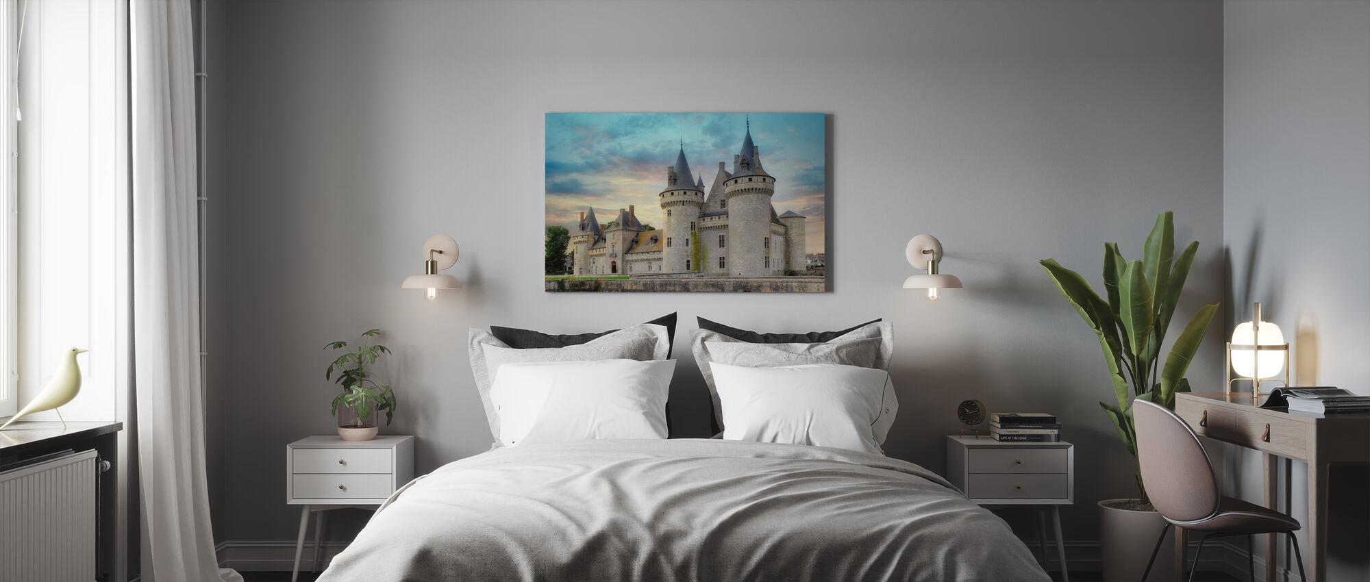 Linnassa tornit - Canvastaulu - Makuuhuone