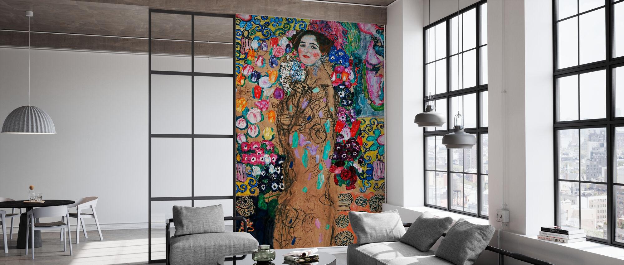 Portrait of Maria Munk - Infographics - Wallpaper - Office
