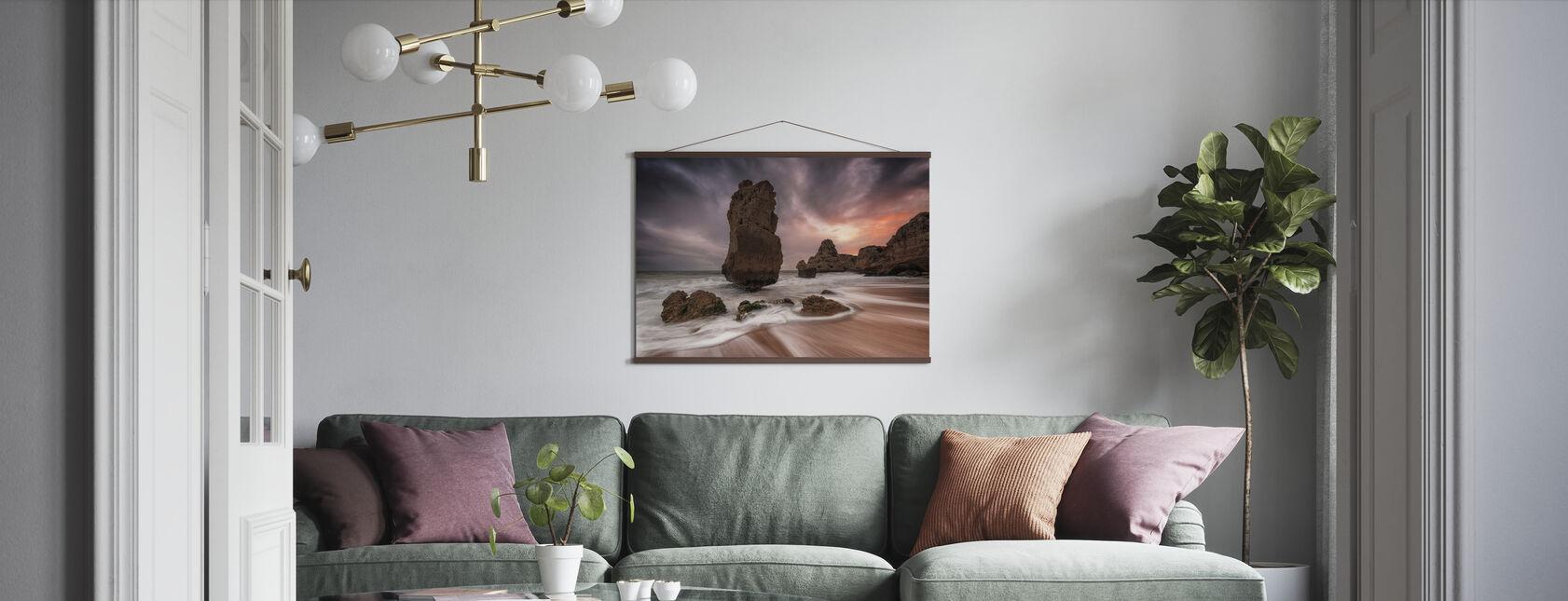 Totem - Poster - Living Room
