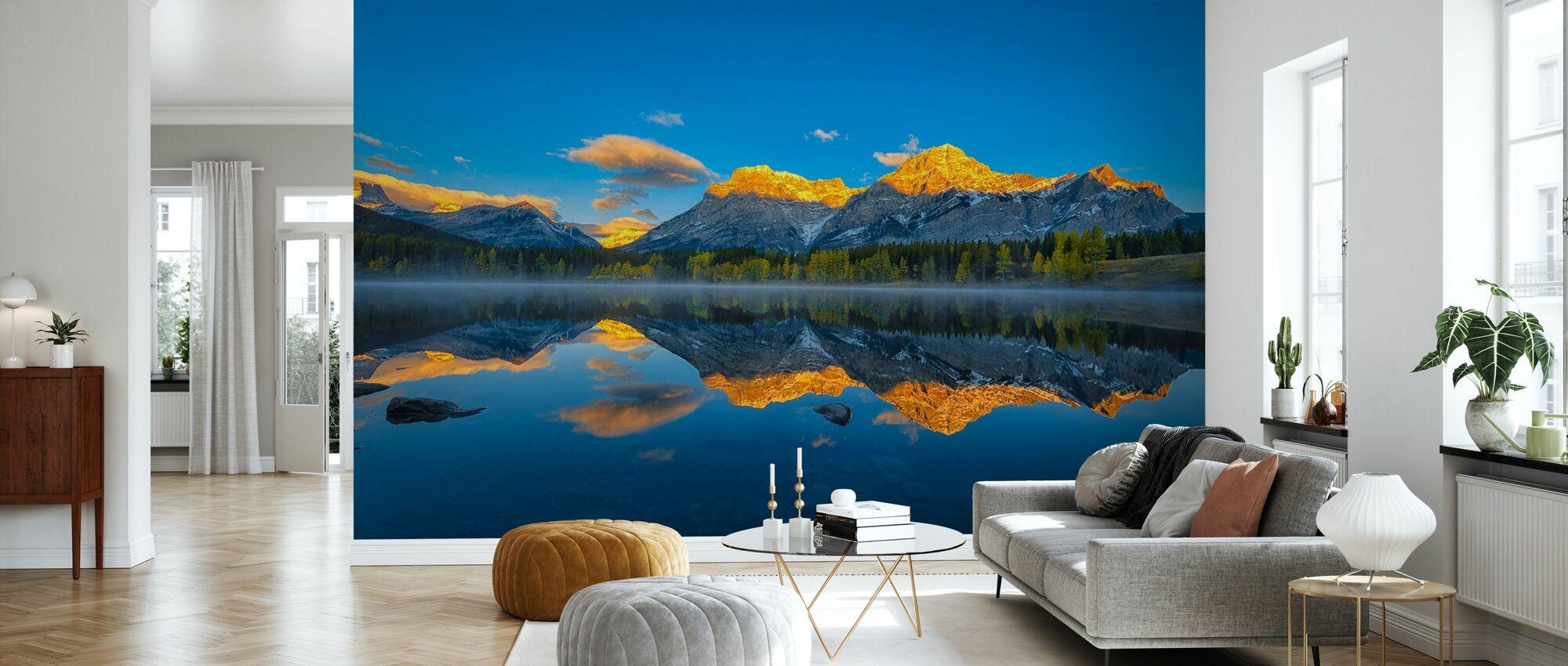 Perfekt morgon i Kanadensiska Klippiga - Tapet - Vardagsrum