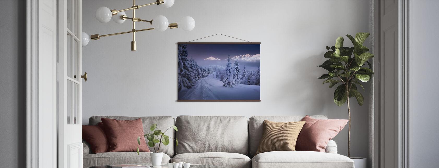 Talvella - Juliste - Olohuone