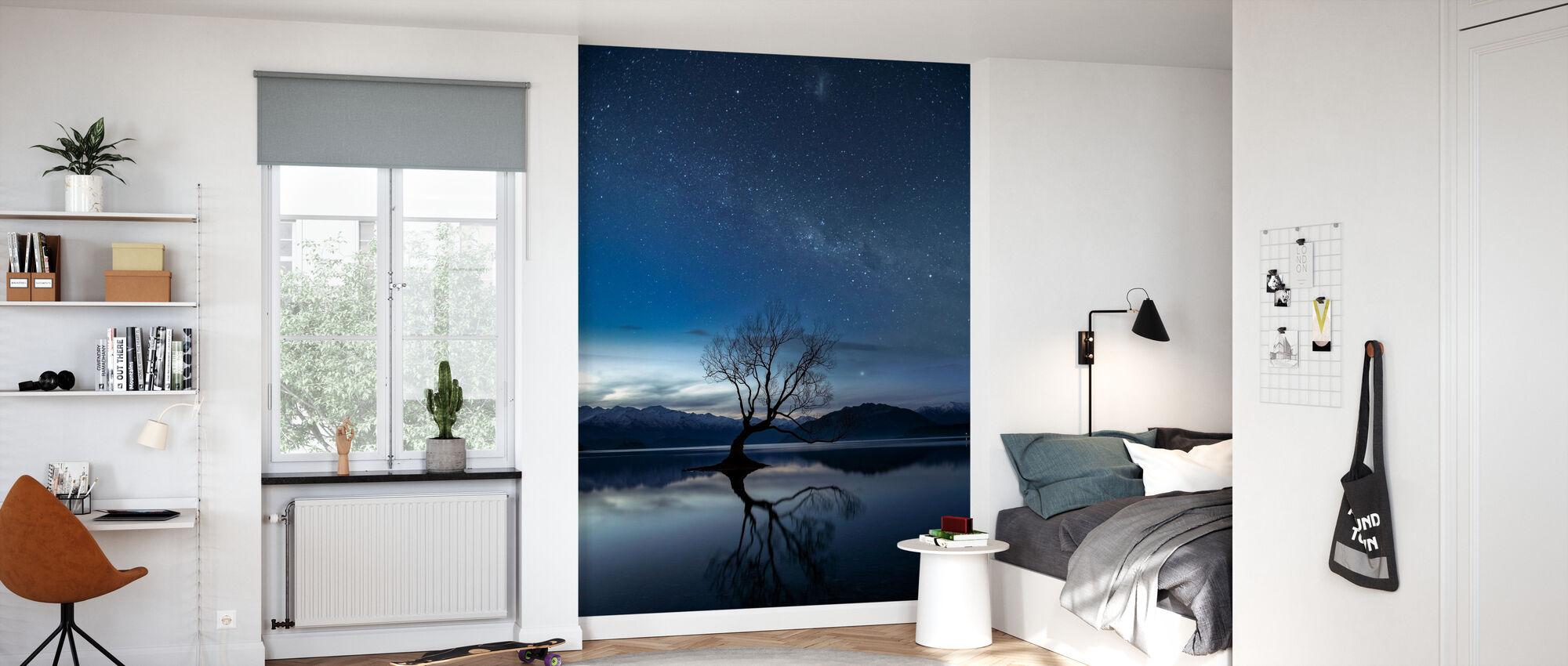 Wanaka Tree - Wallpaper - Kids Room