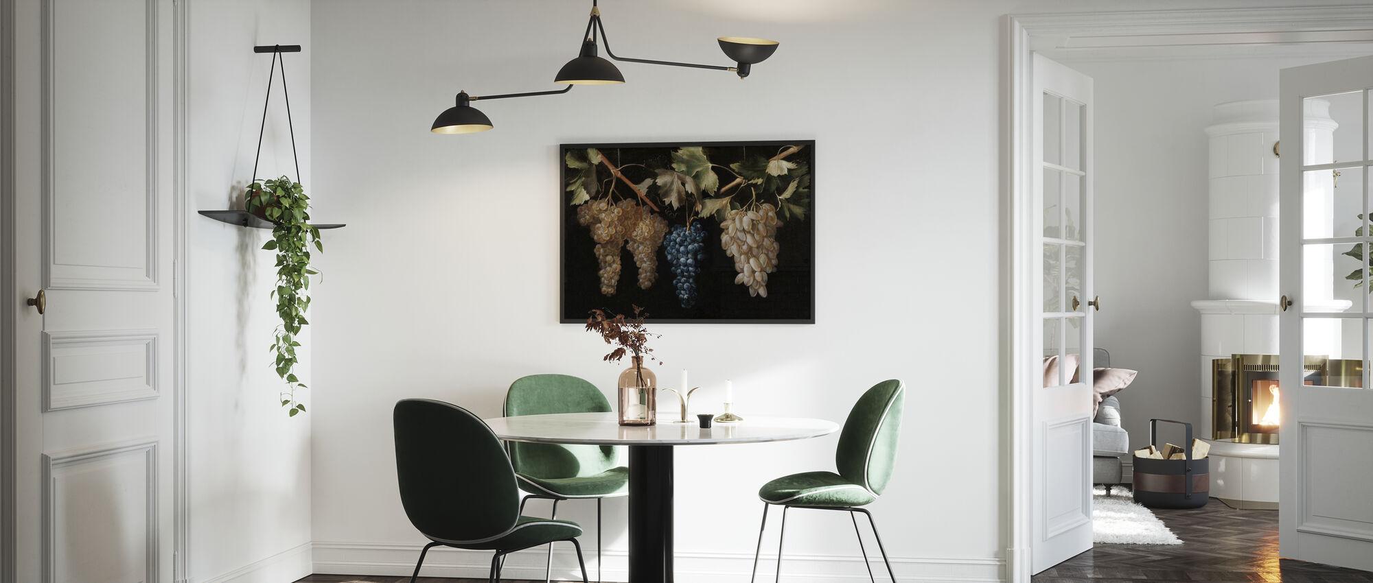 Vier Trossen Hangende Druiven - Juan Fernandez - Ingelijste print - Keuken