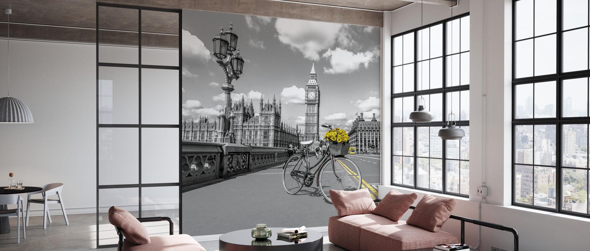 London - Wallpaper - Office