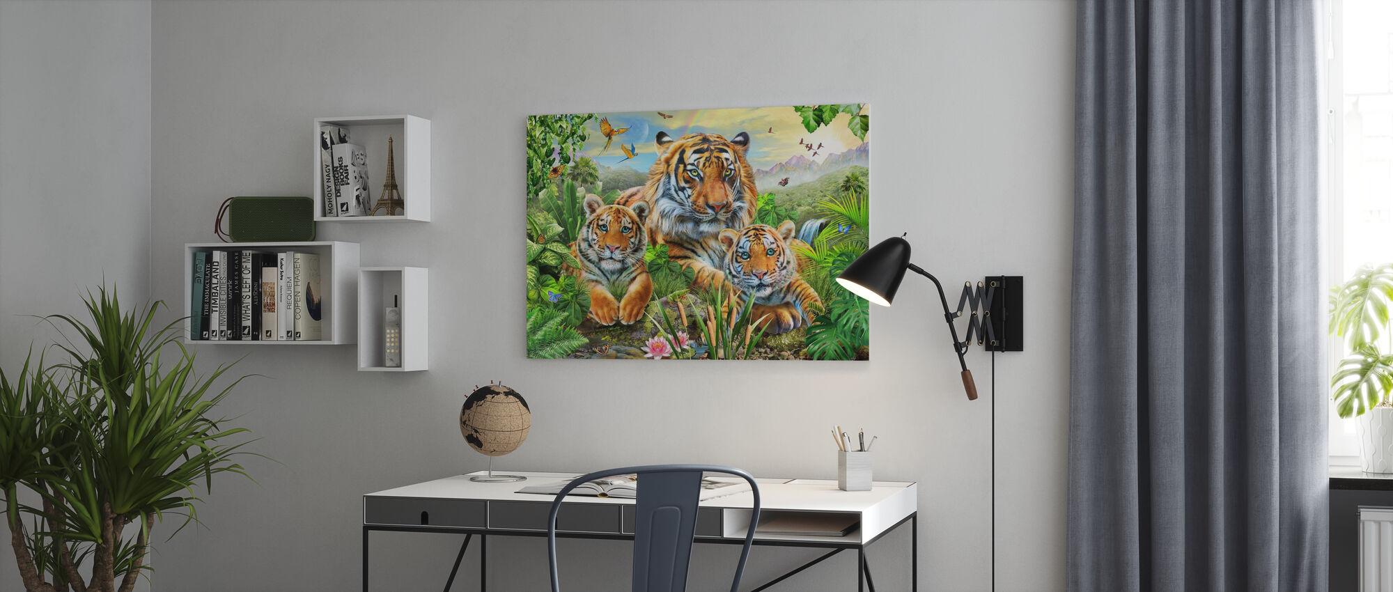 Majestic Tijger Familie - Canvas print - Kantoor