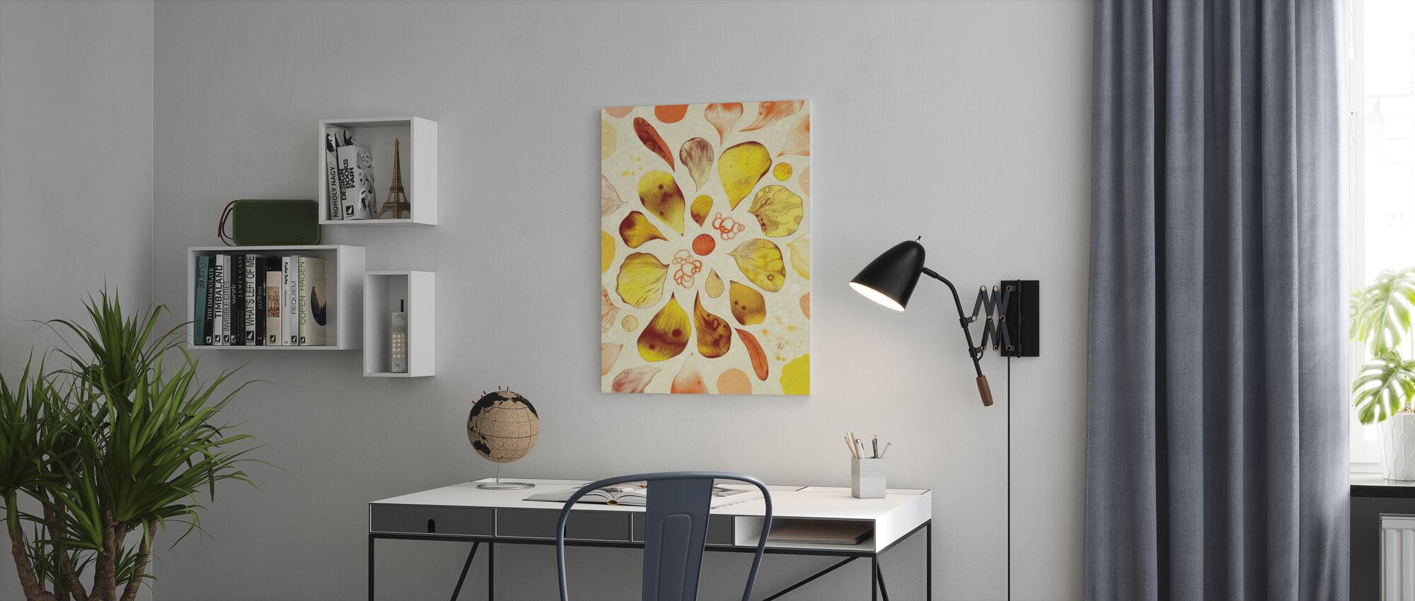 Solar Core - Canvas print - Office
