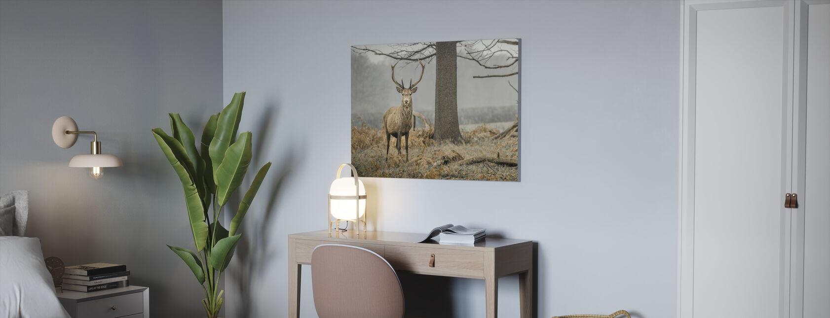 Le cerf dans la forêt - Impression sur toile - Bureau