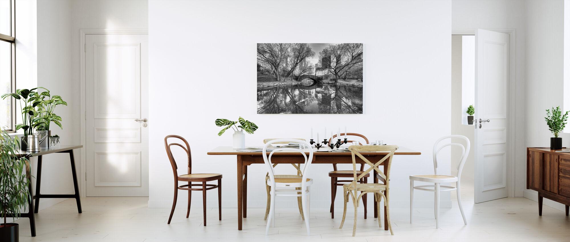 Bridge in Central Park - Canvas print - Kitchen