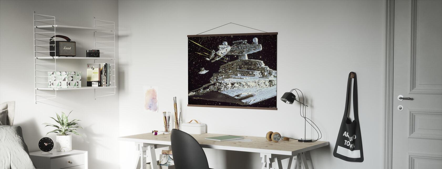 Tähtien sota - Millennium Falcon hyökkäys - Juliste - Toimisto