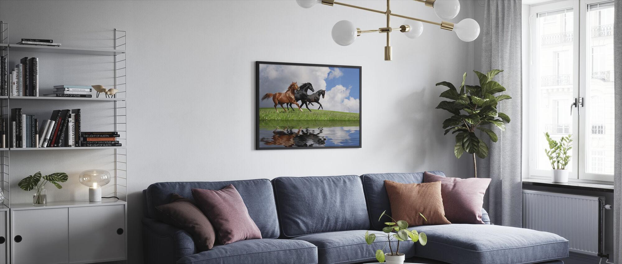 Laukka hevoset - Kehystetty kuva - Olohuone