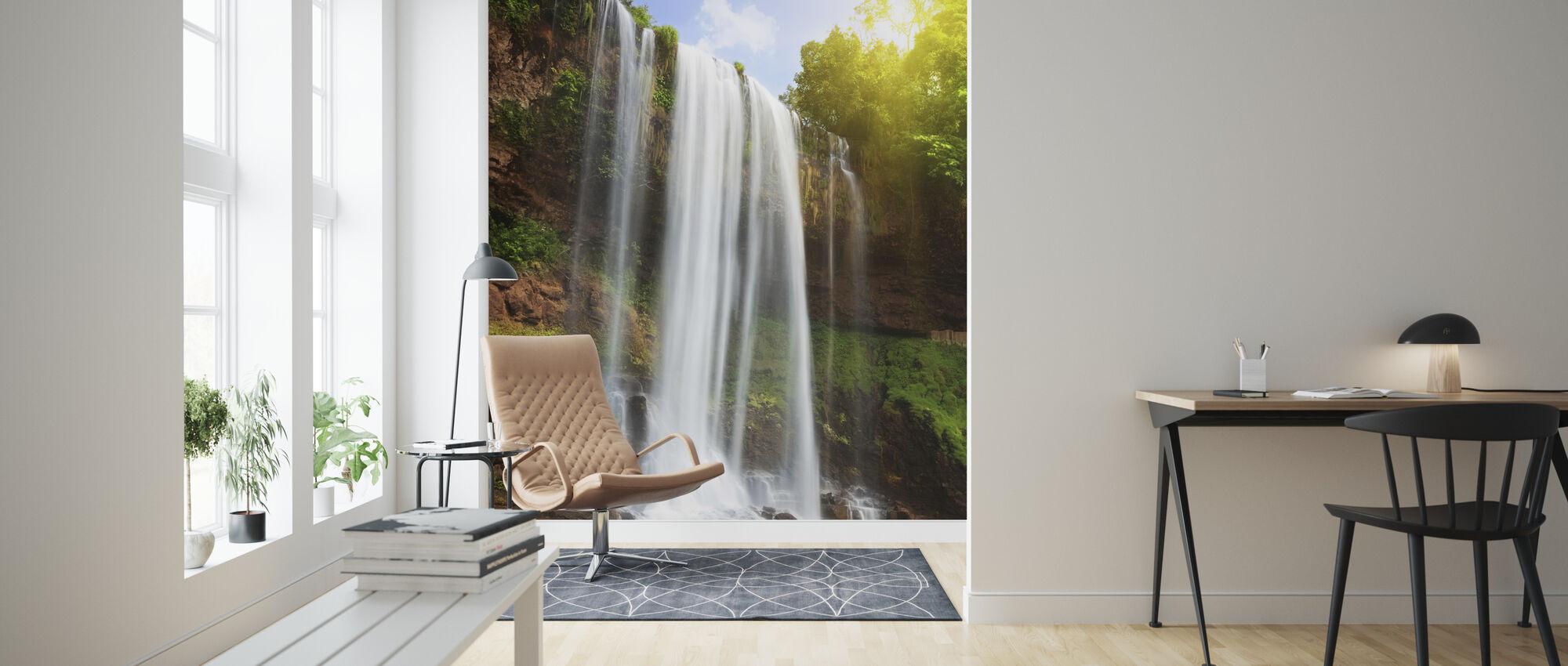 Vattenfall i regnskog - Tapet - Vardagsrum