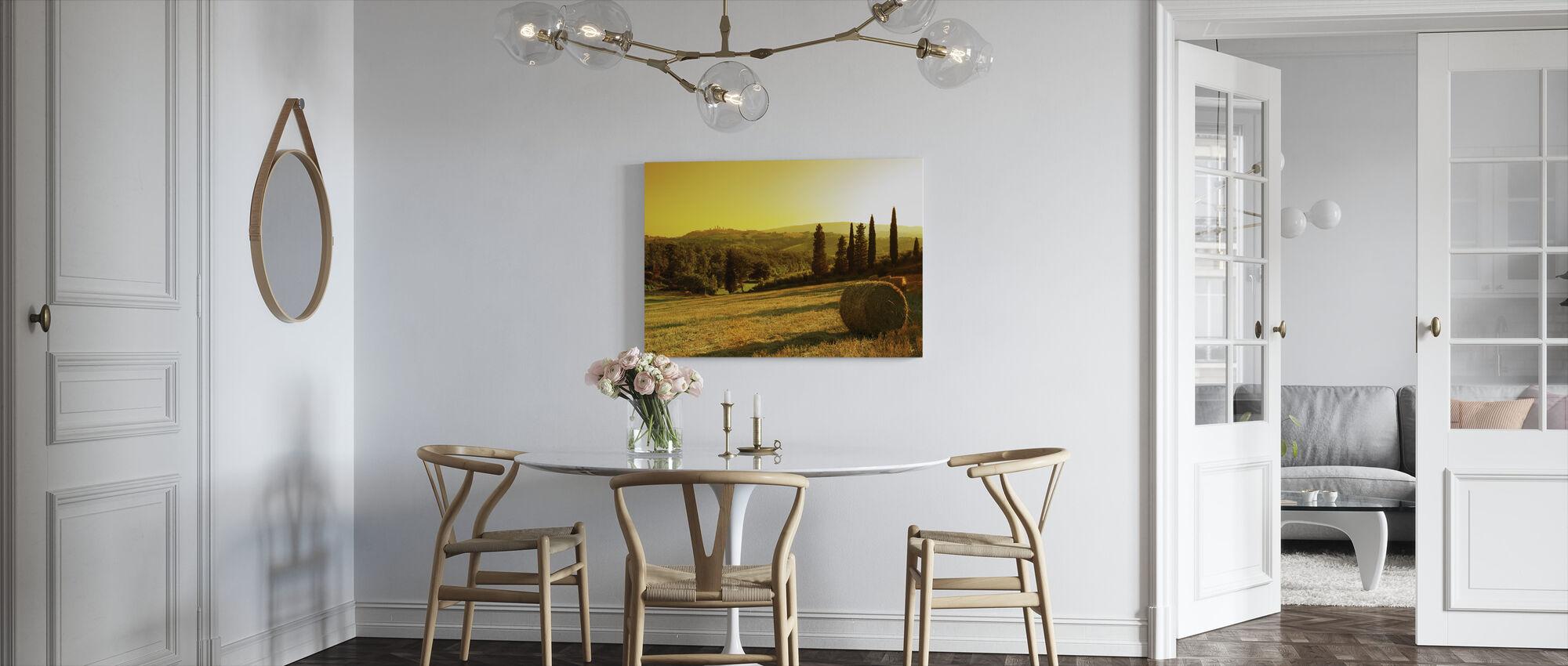 Auringonlasku Toscanan maisema - Canvastaulu - Keittiö