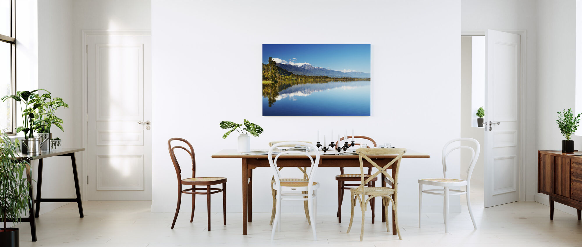 Beautiful lake, New Zealand - Canvas print - Kitchen
