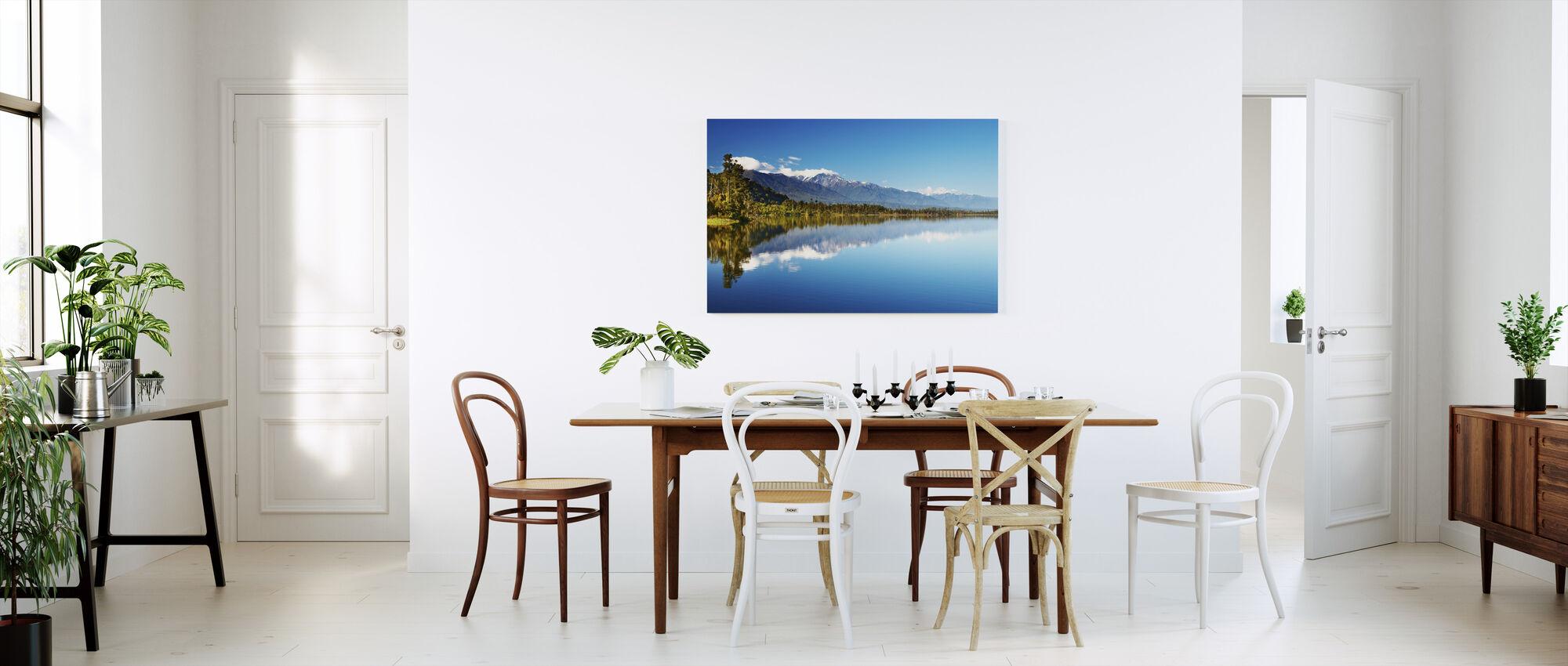Kaunis järvi, Uusi-Seelanti - Canvastaulu - Keittiö