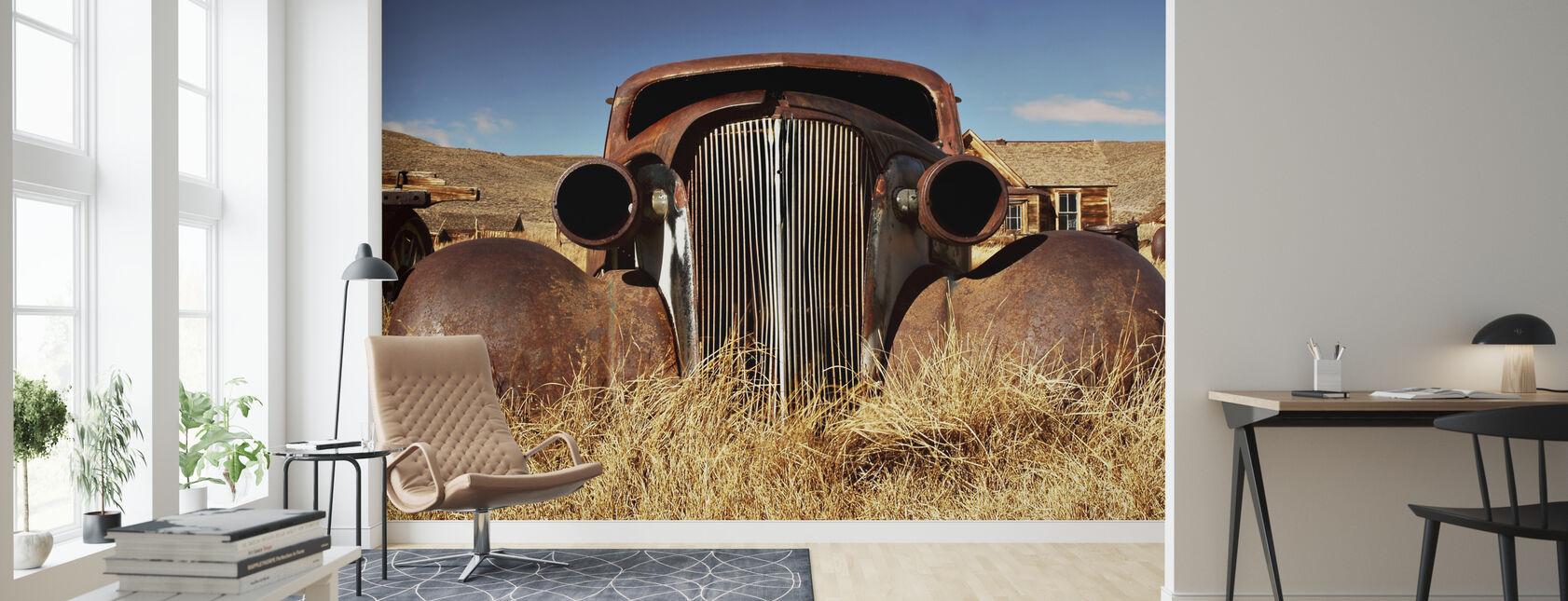 Auto abbandonata negli anni '30 - Carta da parati - Salotto
