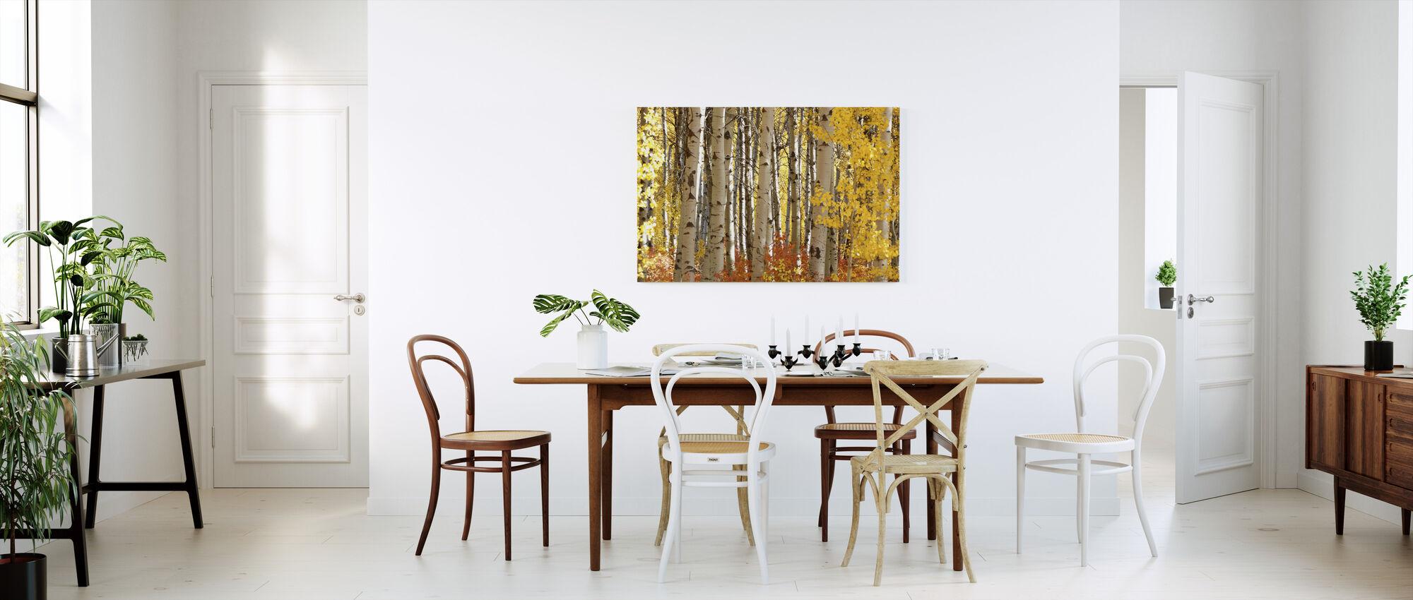 Cascade Loop - Canvas print - Kitchen