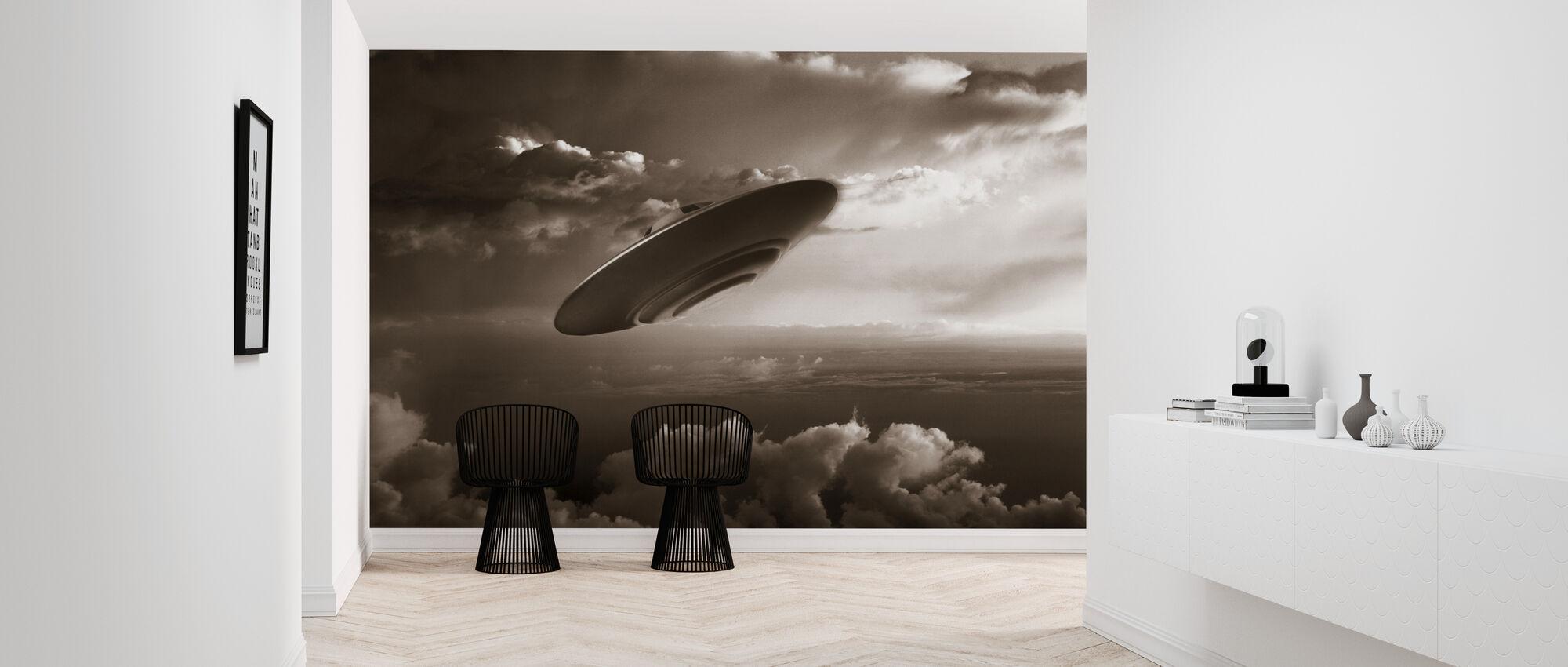 Ufo - Sepia - Wallpaper - Hallway